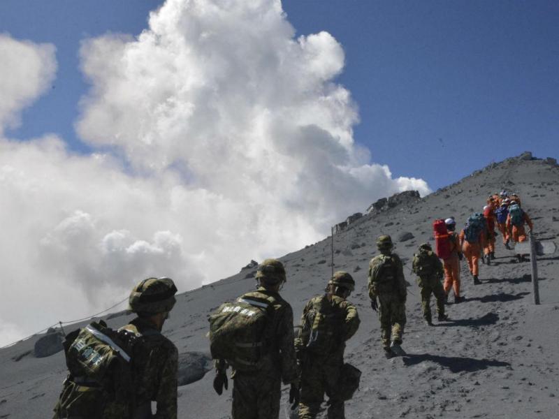 Vulcão Cobre Monte Ontake de cinzas (REUTERS)