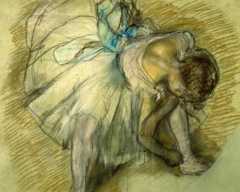 «Bailarina ajustando a sapatilha», de Edgar Degas