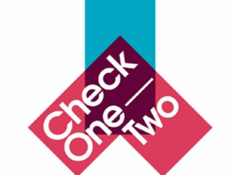 «Check One Two»