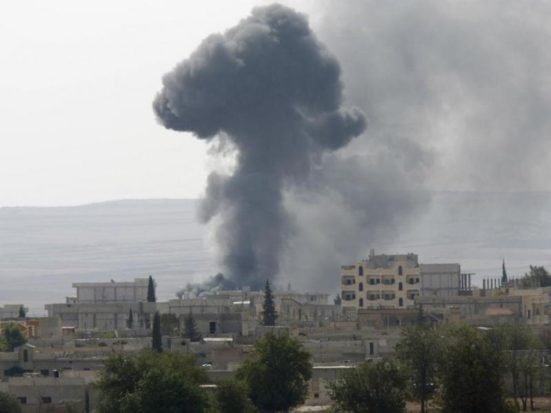 Jihadistas do Estado Islâmico combatem em Kobani, cidade síria fronteira com a Turqua (Reuters)