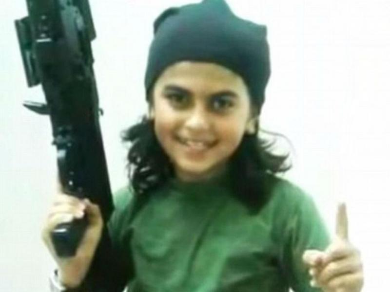 Menino de 10 anos combatia ao lado do pai na Síria (Twitter)