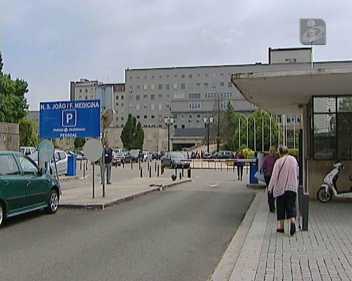 Caso suspeito de ébola no Hospital de São João