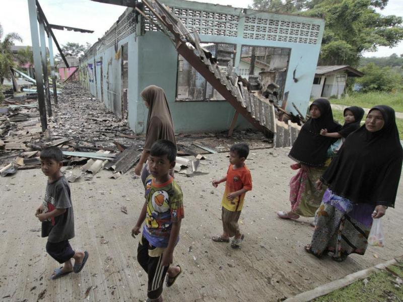 Rebeldes atacam escolas na Malásia (REUTERS)