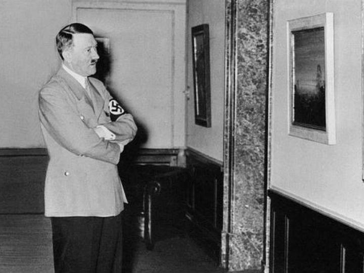 Nova investigação diz que Hitler tomava 74 medicamentos diferentes