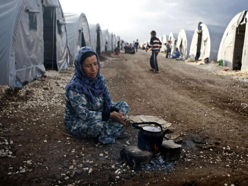 O número de refugiados sírios não pára de aumentar na Turquia, devido à violência em Kobani (Lusa/EPA)