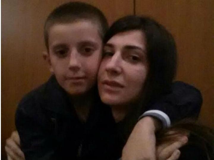 Resgatado menino levado pelo pai para lutar pelo Estado Islâmico (Facebook)