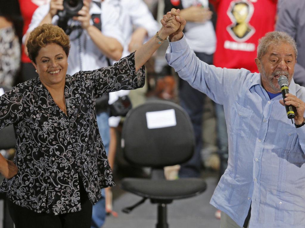 Dilma recebe o apoio de Lula da Silva (Reuters)