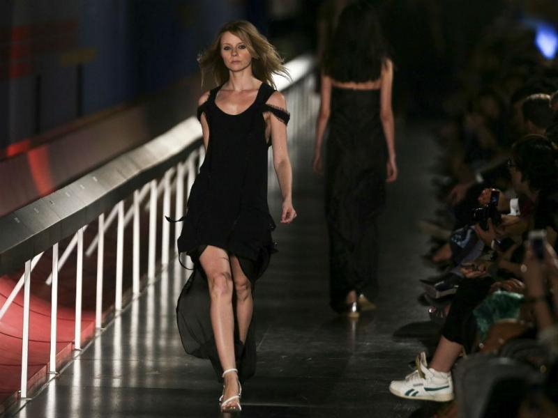 Dupla Alves/Gonçalves apresentam coleção no primeiro dia do Portugal Fashion (LUSA)