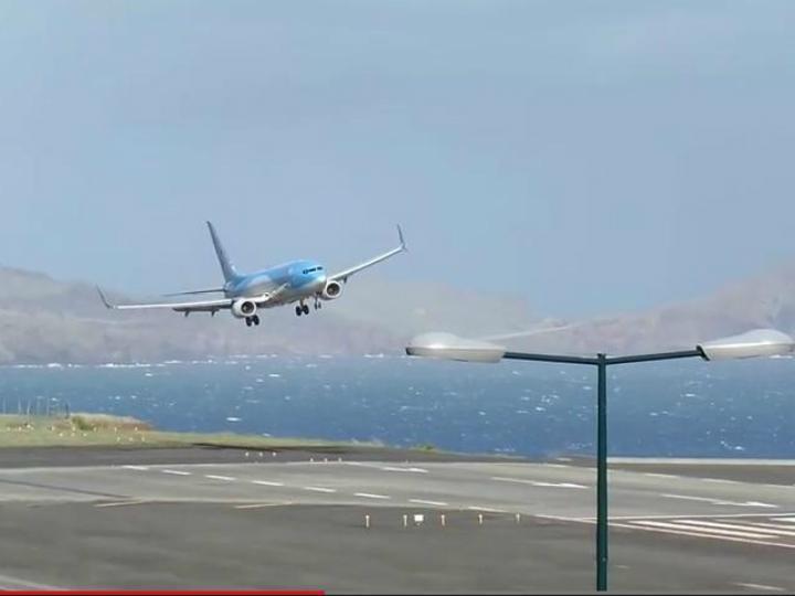 Avião aterra na Madeira