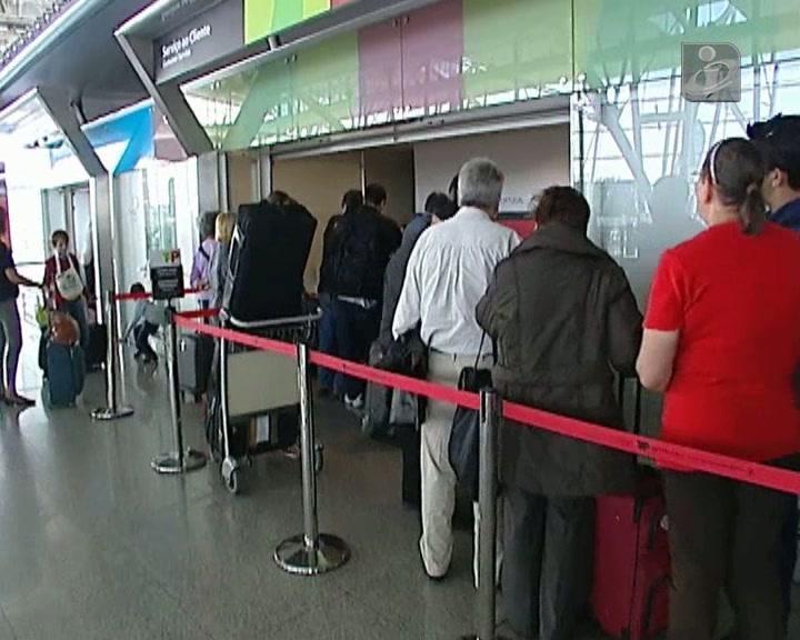 Greve da TAP: passageiros do Porto sem informações sobre voos