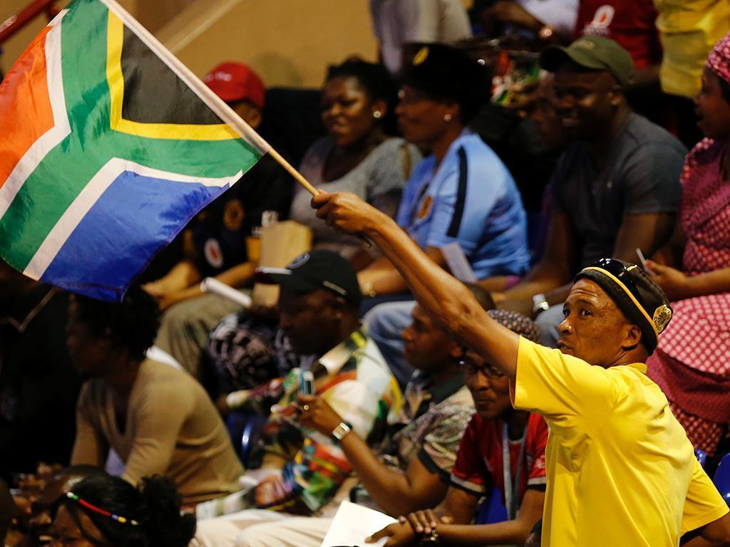 Memorial pelos atletas mortos na África do Sul (REUTERS)