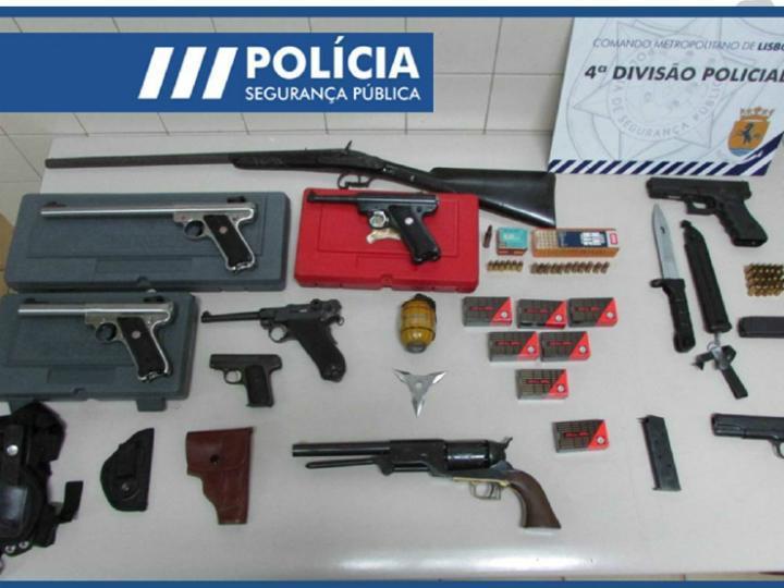 Homem detido com armas em casa depois de disparar na Avenida 24 de Julho