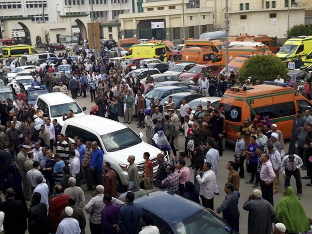 Egito: acidente com autocarro de escola faz 16 mortos (Reuters)