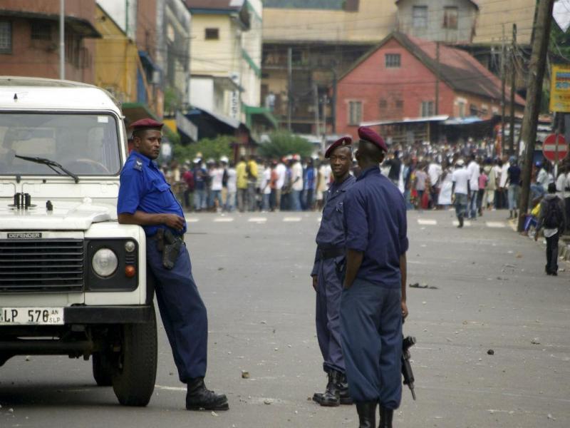 Polícia Freetown (REUTERS)