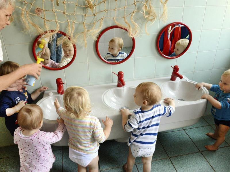 Crianças (Lusa/EPA)