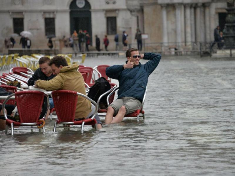 Tempestades fustigam Itália (Lusa/EPA)