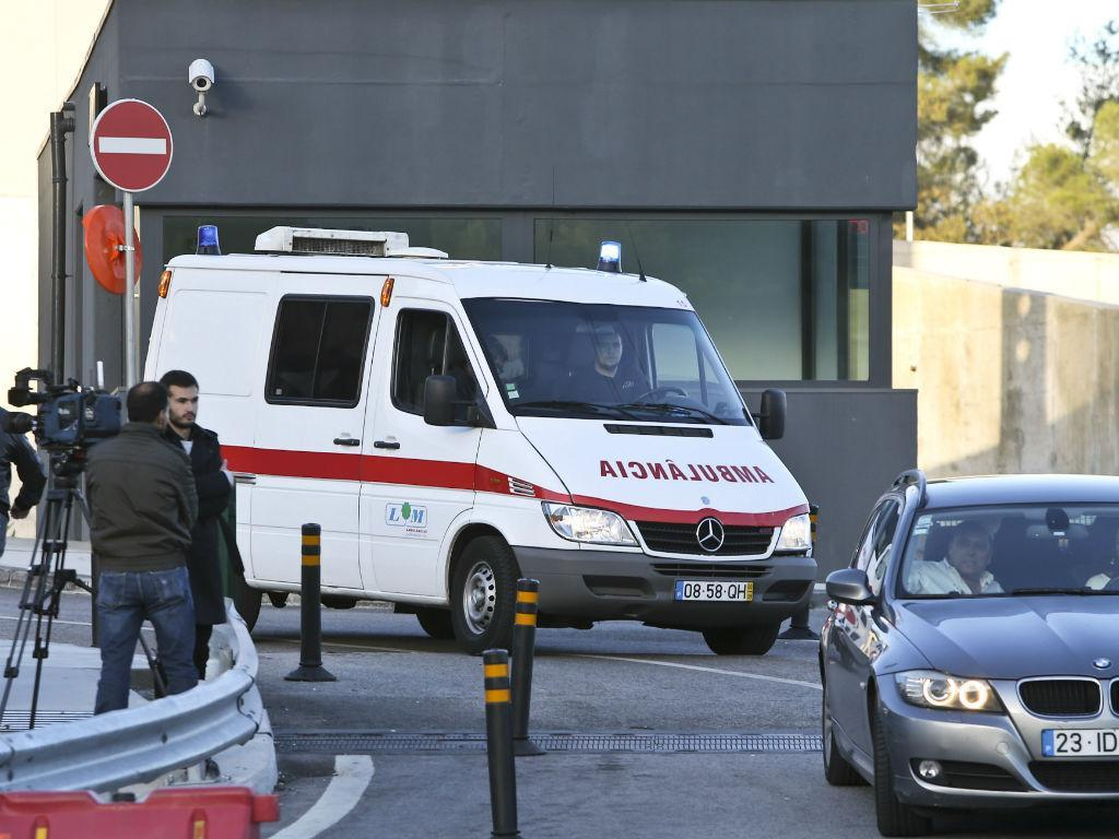 Ambulância (LUSA)