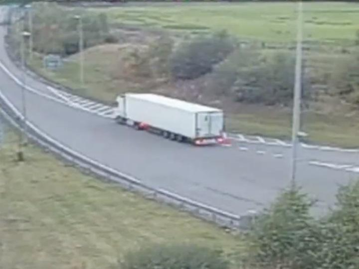 Camionista faz manobra «extremamente perigosa»