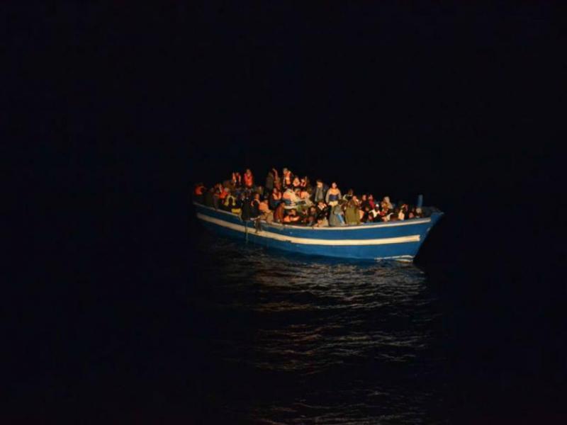 Marinha portuguesa resgata 201 pessoas ao largo de Tripoli (Reprodução / Marinha Portuguesa / Facebook)
