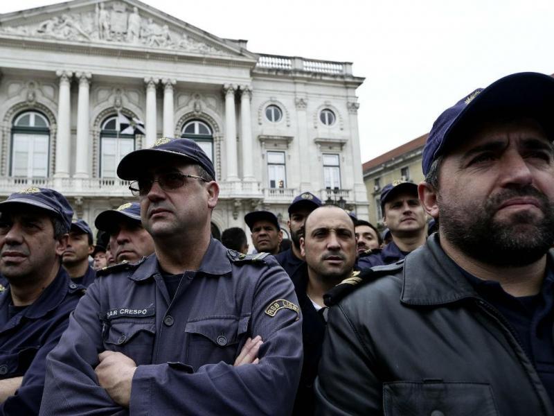 Protesto dos bombeiros em Lisboa (Lusa)