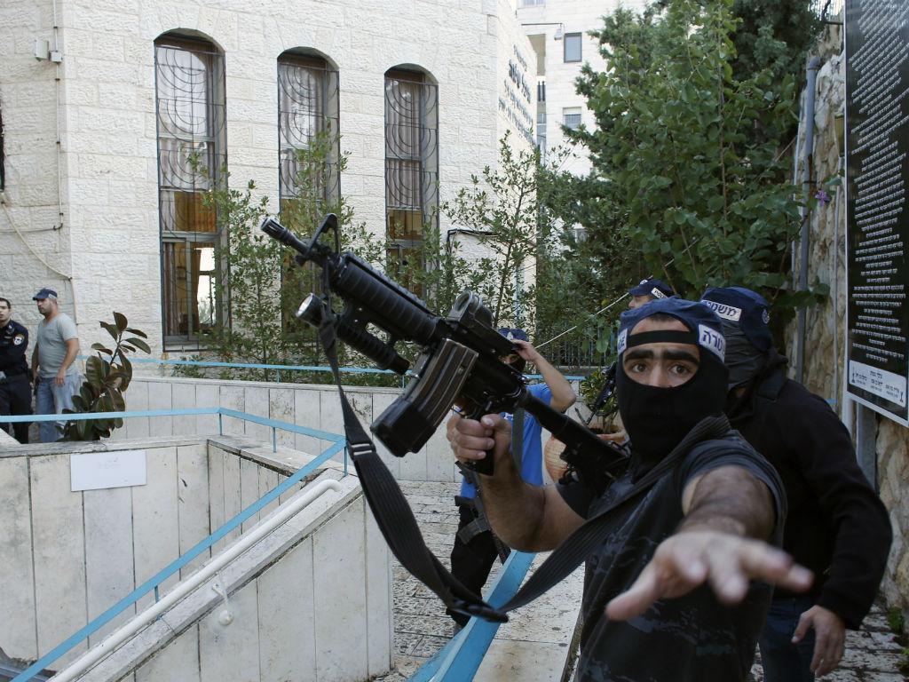 Ataque a sinagoga em Jerusalém (REUTERS)