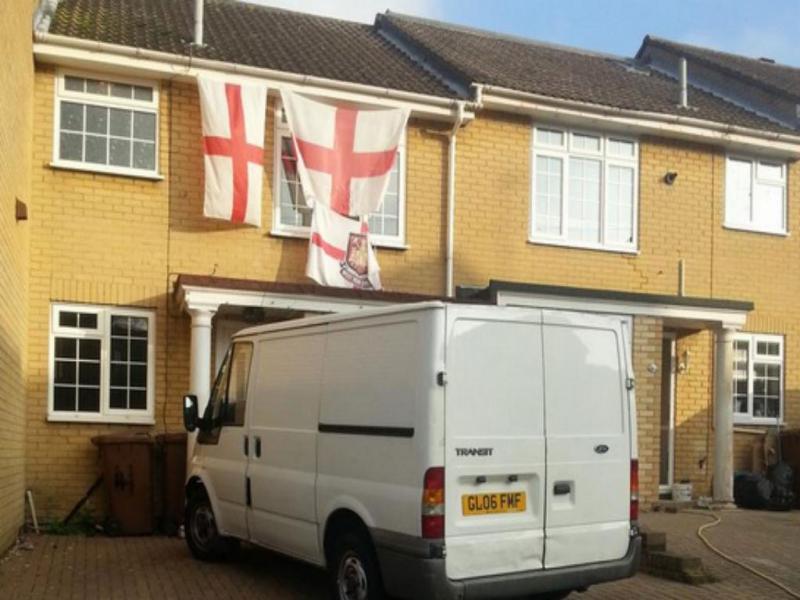 Fotografia das 3 bandeiras (Twiiter)