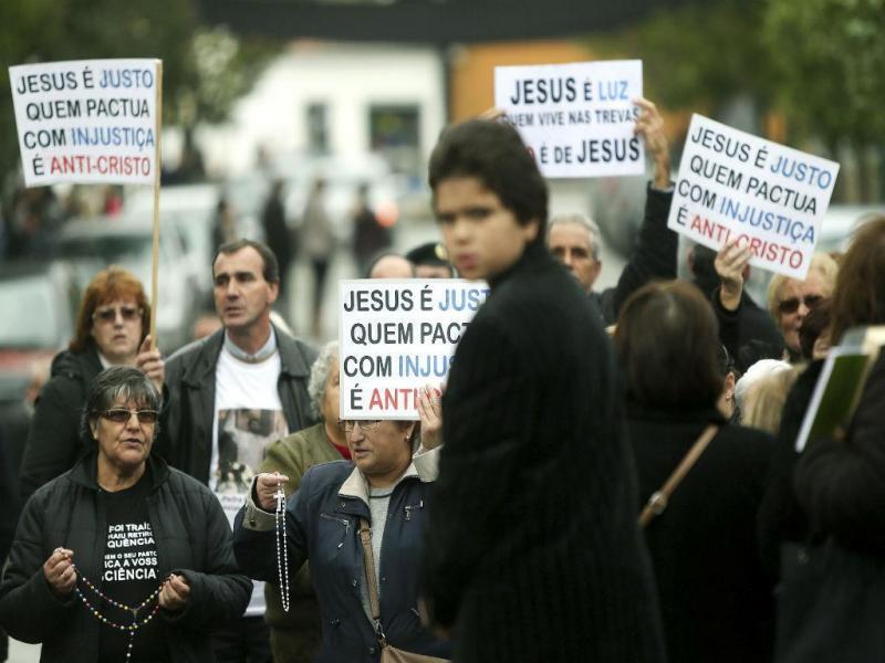 Protesto em Canelas contra novo pároco (LUSA)