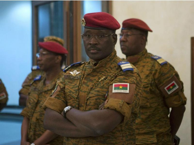 Isaac Zida, primeiro-ministro de Burkina Faso  (Reuters)