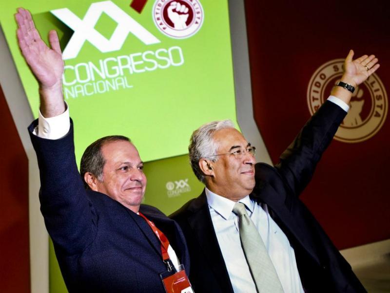 António Costa e Carlos César no Congresso do PS (LUSA)