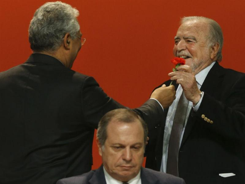 António Costa, Manuel Alegre e Carlos César no Congresso do PS (LUSA)