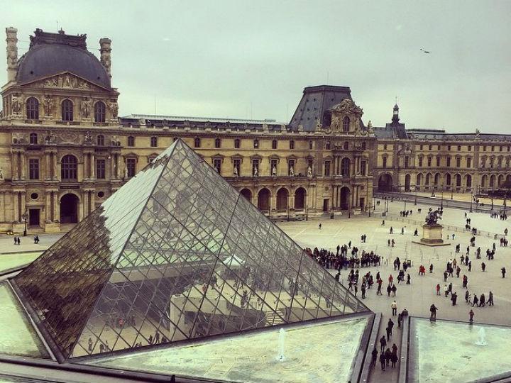 O Museu do Louvre está entre os locais mais fotografados pelos utilizadores do Instagram