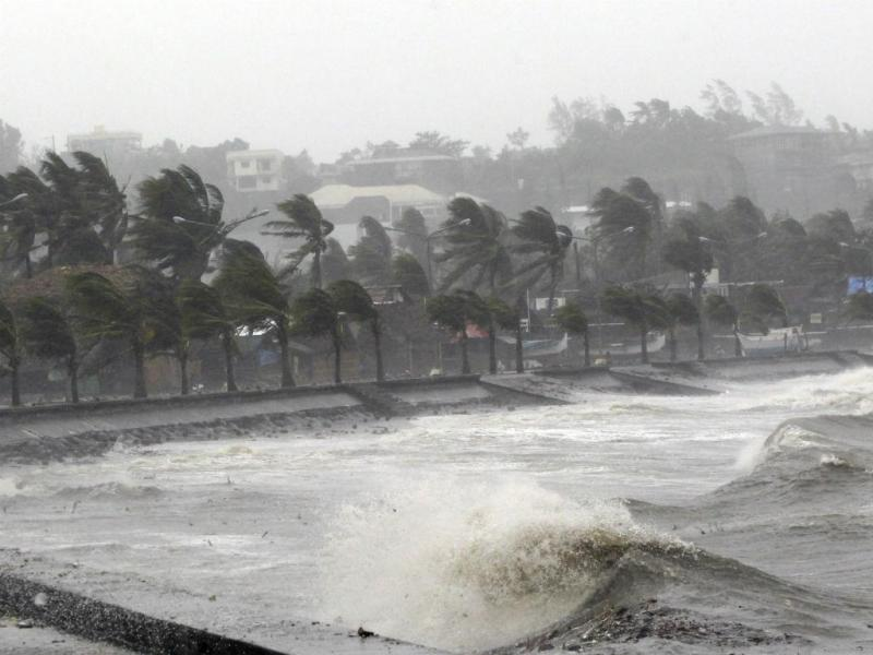 Tufão Hagupit deixa rasto de devastação (Reuters)