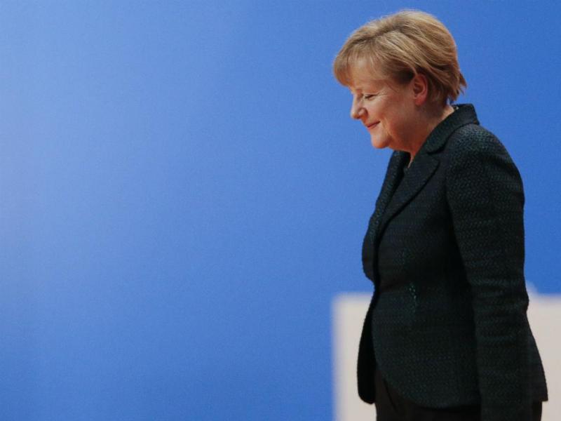 Angela Merkel reeleita no Congresso da CDU em Colónia, Alemanha (REUTERS/Kai Pfaffenbach)