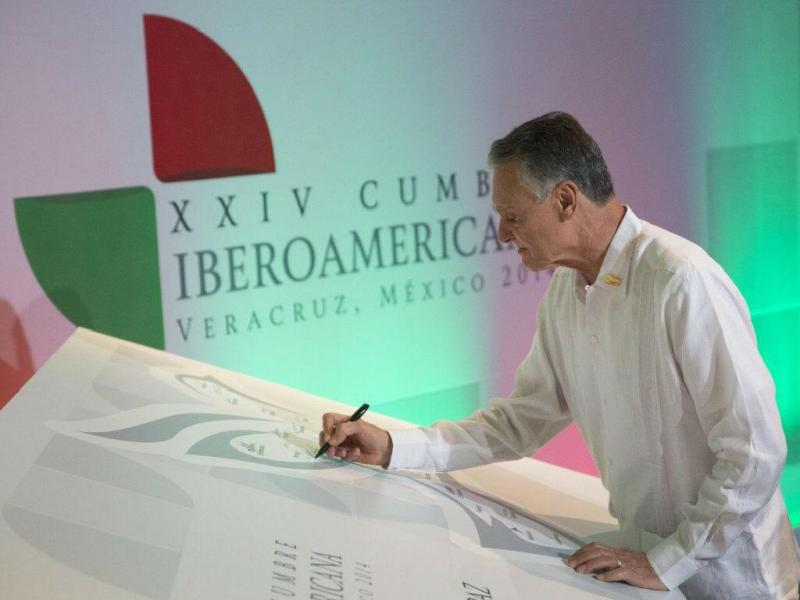 Cavaco Silva na Cimeira Ibero-americana (Lusa)
