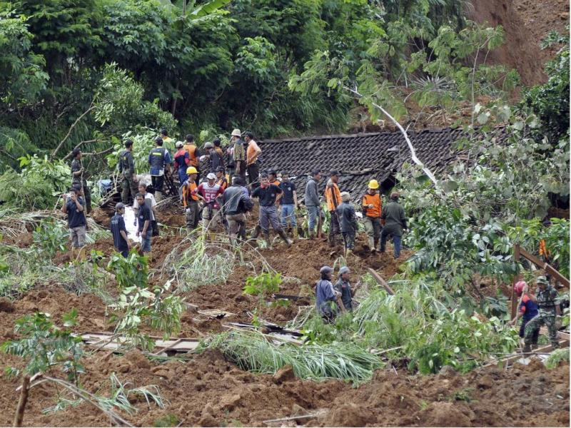 Deslizamento de terras [Reuters]