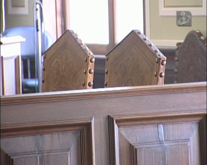Autarcas acusados de abuso de poder começaram a ser julgados