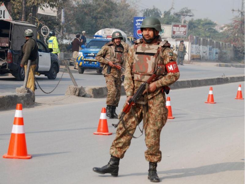 Ataque talibã no Paquistão (Reuters)