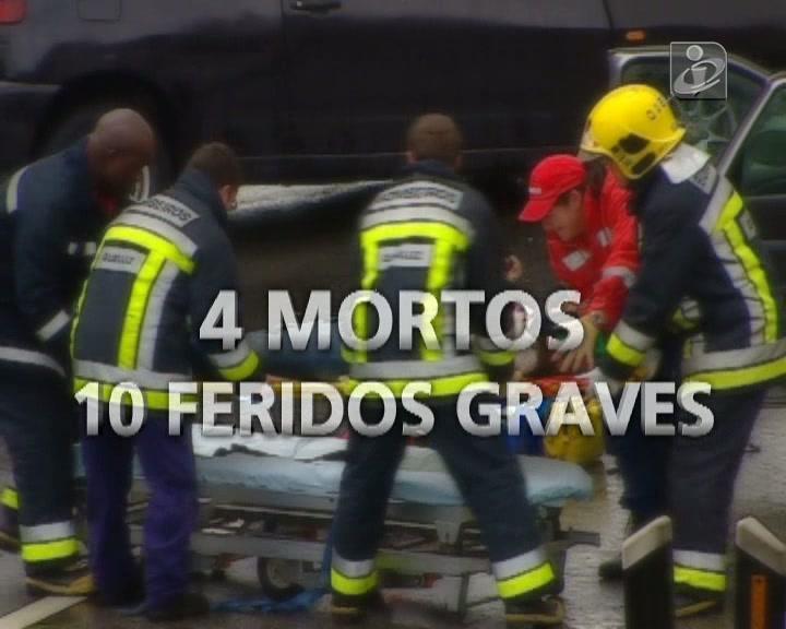 Natal com quatro mortos e 10 feridos na estrada