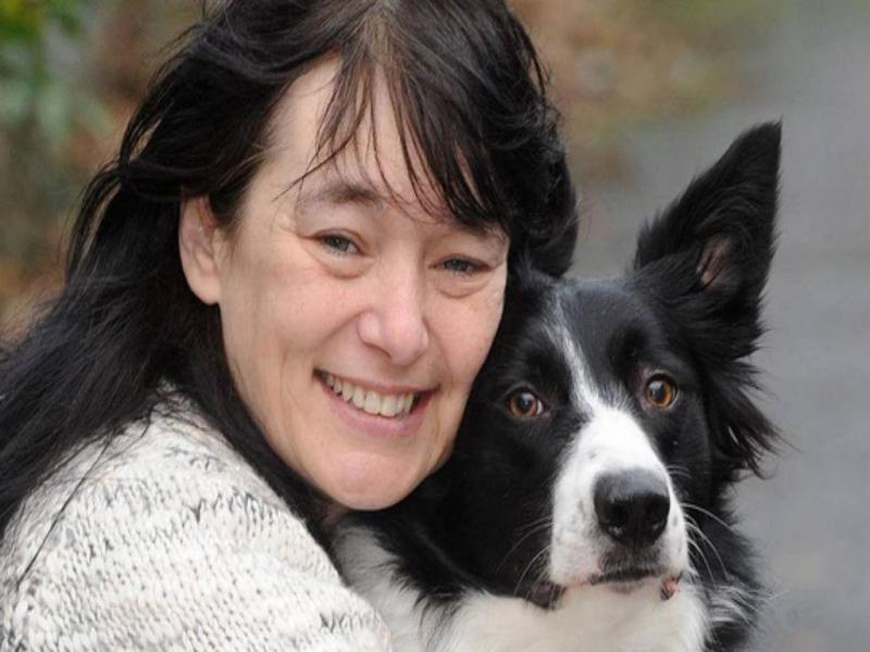 Josie Conlon (Reprodução / Twiiter Trending Cancer News)