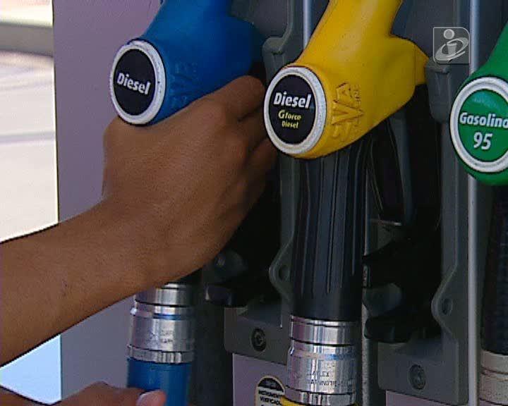 Combustíveis: diferente aplicação de nova taxa e imposto deu origem a diferentes preços