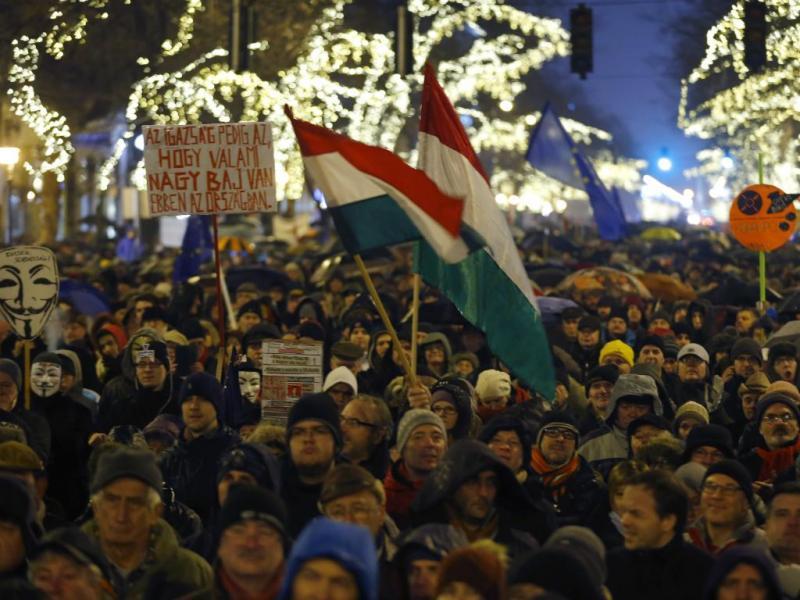 Manifestação na Hungria (Reuters)