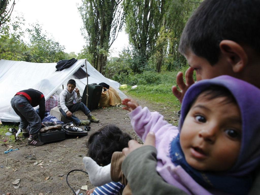 Acampamentos de famílias de etnia cigana em França (REUTERS)