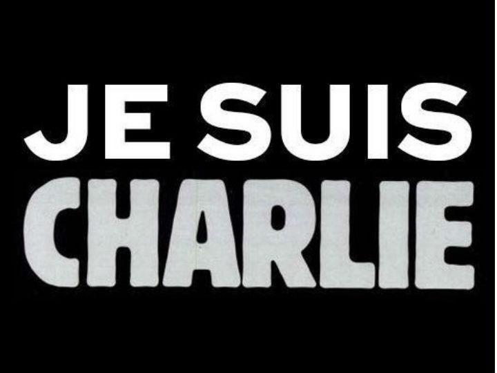 Utilizadores de todo o mundo usam a hashtag #JeSuisCharlie (Twitter)