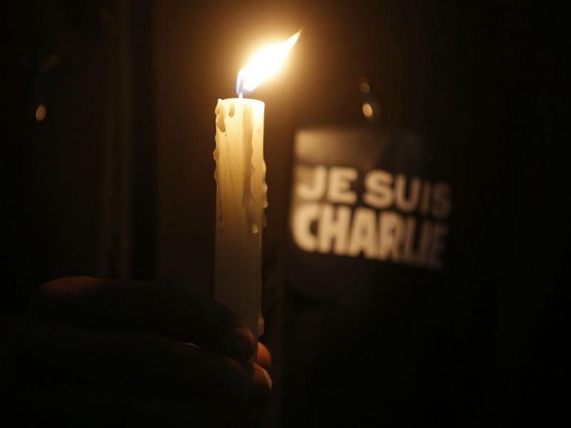 Homenagem às vítimas do ataque ao «Charlie Hebdo» (REUTERS)