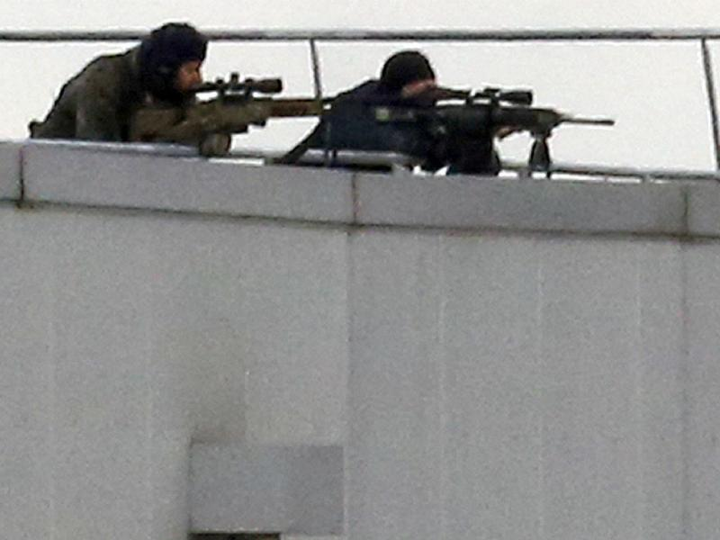 Cerco aos irmãos Kouachi nos arredores de Paris (REUTERS)