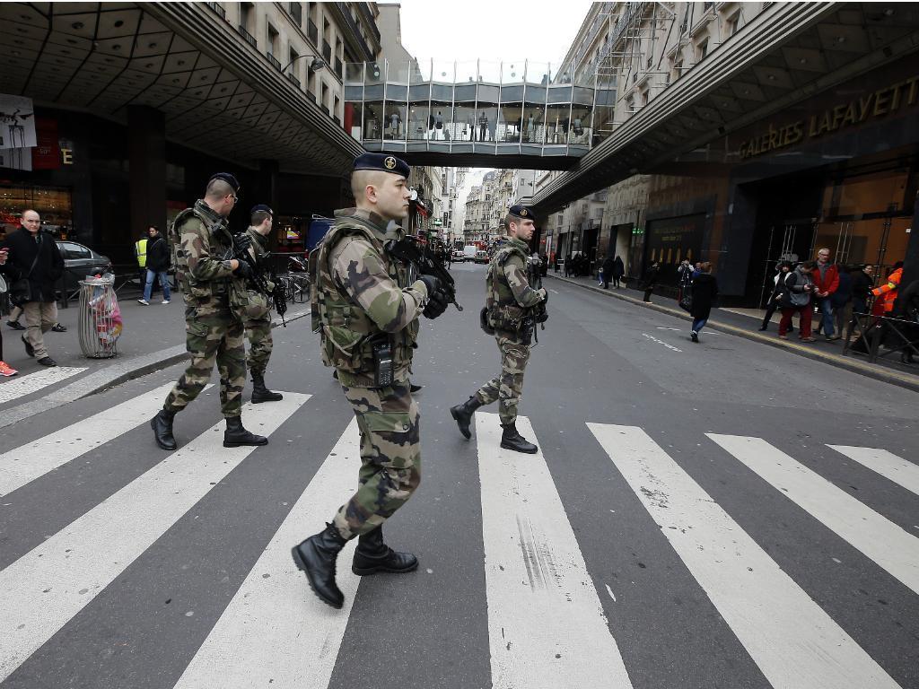 França reforça meios antiterroristas [Reuters]