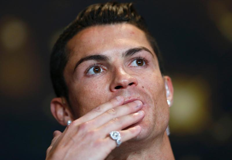 Cristiano Ronaldo - Bola de Ouro (REUTERS)