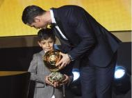 3ª Bola de Ouro para Ronaldo (Ennio Leanza/Reuters)