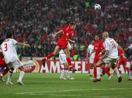 Steven Gerrard na final da Liga dos Campeões de 2005 (Foto Reuters)