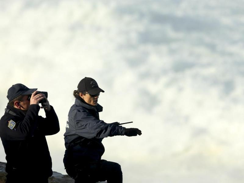 Buscas da Polícia Marítima [Tiago Petinga/LUSA]